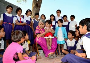 Meet and Salute The Mother Of Thousands Of Orphans Sindhutai