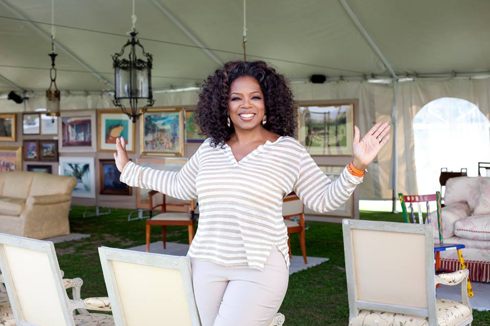 The Unbelievable Story of Oprah Winfrey From Acute Poverty To 3 Billion Empire! - WonderfulWoman